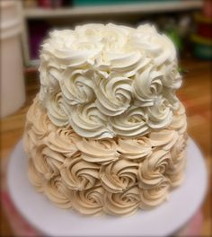 vintage rose small wedding cake