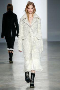 Foto CKCHW201415 - Calvin Klein Collection Herfst/Winter 2014-15 (1) - Shows - Fashion - VOGUE Nederland