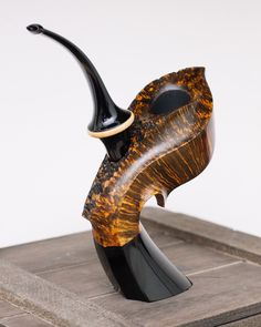 Wooden Smoking Pipes, Tobacco Pipe Smoking, Tobacco Pipes, Wooden Sculptures, Carving, Vape, Mixer, Steampunk, Smoke