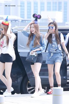 Red Velvet on Incheon in the way to KCON LA