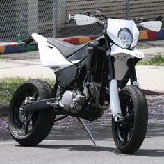 Husqvarna Supermoto is this an LA bike I thought I saw it in Montrose ?
