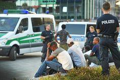 FDP macht die Situation auf dem Platz zum Fall für den Landtag – Polizei legt Bilanz der zweiten Razzia vor +++  Diskussion um Kesselbrink-Kriminalität