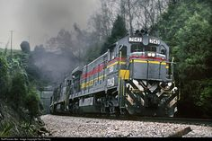 RailPictures.Net Photo: SBD 7043 Seaboard System GE C30-7 at Hill Station, Virginia by Ron Flanary