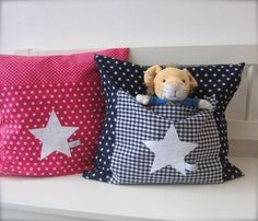 pillows with pocket Cute Pillows, Diy Pillows, Decorative Pillows, Cushions, Throw Pillows, Sewing Projects For Kids, Sewing For Kids, Baby Sewing, Sewing Crafts