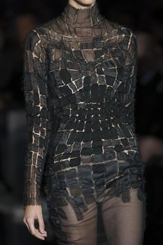 Tom Ford SS14 Detail.... oh yeah !!!