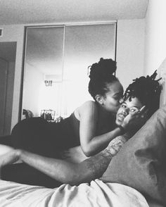 black-lesbian-couples-rooms