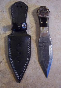 Listings View Gladius Spiker - Buy custom Knives and sell custom Knives at the custom Knife marketplace. Custom Hunting Knives, Custom Knives, Handmade, Tools, Weapons Guns, Knives, Hand Made, Handarbeit, Handmade Knives