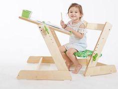 Комплект парта-трансформер+растущий стул Q-MOMO  — 16915р. ----- Подзодит для роста 85-120 см(1-7 лет) Настраиваемая высота сидения и столешницы Столешница наклоняется на 15° Выдвижная линейкадля удерживания предметов при наклоненном состоянии столешницы Изготовлено из экологически чистых, безопасных для детей материалов (ЛДСП, поставляемая из ЕС). Поверхности не оставляют заноз и не отражают свет. Стул выдерживает вес до 80 кг.
