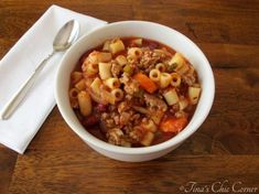 Pasta e Fagioli… this is very good and becoming one of my easy meals to make. Family does enjoy. Pasta Recipes, Beef Recipes, Real Food Recipes, Soup Recipes, Dinner Recipes, Cooking Recipes, Healthy Recipes, Goulash Recipes, Chowder Recipes
