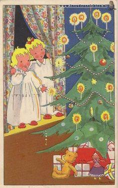 caspari santa in brocade coat boxed christmas cards box of 16 86203 pinterest boxed christmas cards christmas cards and santa