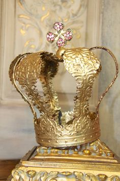 Embellished Metal crown, crown decor, gold crown, Mediterranea Design Studio, embellished crown, distressed crown, cake topper