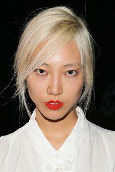 White Blonde Hair - Platinum Ice Blonde Hair Trend