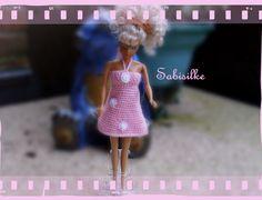 """Puppenkleidung - Minikleid mit """"Satinblüten"""" für Barbie *** rosa - ein Designerstück von Sabisilke bei DaWanda"""