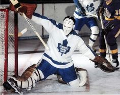 Hockey Shot, Women's Hockey, Hockey Girls, Maple Leafs Hockey, Goalie Mask, Pittsburgh Penguins Hockey, Red Wings Hockey, Vancouver Canucks, Toronto Maple Leafs