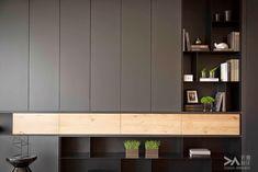 Dark paneled cabinets with intermittent open shelving. Shelf Design, Cabinet Design, Cabinet Furniture, Furniture Design, Living Room Designs, Living Spaces, Office Interiors, Living Room Interior, House Design