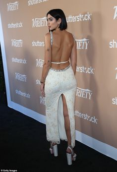 Dua Lipa shows off her lithe physique in a glittering embellished gown Nelly Furtado, My Dua, Embellished Gown, Indian Beauty Saree, Christina Aguilera, Looking Stunning, Beautiful Celebrities, Sexy Legs, Divas