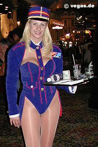 how to be a cocktail waitress in las vegas