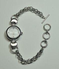7a7309331 Items similar to Sterling Silver Round Face Link Chain Toggle Watch on  Etsy. Kapesní HodinkyZaokrouhlení