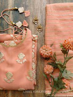 Bollywood Designer Sarees, Designer Punjabi Suits, Indian Designer Wear, Dress Indian Style, Indian Dresses, Indian Outfits, Indian Attire, Indian Wear, Pakistani Formal Dresses