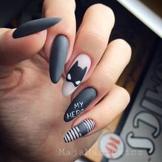 There are three kinds of fake nails which all come from the family of plastics. Acrylic nails are a liquid and powder mix. They are mixed in front of you and then they are brushed onto your nails and shaped. These nails are air dried. Batman Nail Designs, Batman Nail Art, Black Nail Designs, Simple Nail Art Designs, Diy Nail Designs, Easy Nail Art, Beautiful Nail Designs, Soft Nails, Gel Nails