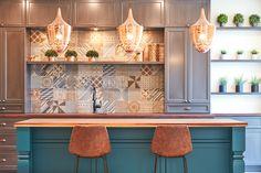 #kitchen #design Kitchen Design, Table, Furniture, Home Decor, Cuisine Design, Decoration Home, Room Decor, Tables, Home Furnishings