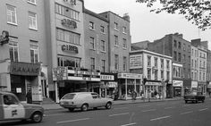 The Green Cinema, St. Stephen's Green, 1973 The Green Cinema opened in 1935 and… Dublin Map, Dublin City, Dublin Ireland, Old Images, Old Pictures, Old Photos, Dublin Street, Grafton Street, Ireland Homes