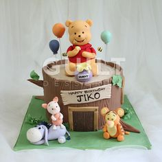 Winnie the Pooh - Cake by Guilt Desserts Winnie The Pooh Cake, Winnie The Pooh Birthday, Winnie The Pooh Friends, Disney Winnie The Pooh, Pretty Birthday Cakes, Baby Birthday Cakes, Fondant Cake Designs, Second Birthday Ideas, Friends Cake