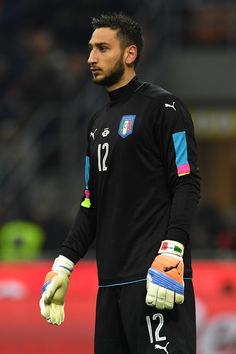Gianluigi Donnarumma of Italy during the International Friendly Match between Italy and Germany at Giuseppe Meazza Stadium on November 15, 2016 in Milan, Italy.
