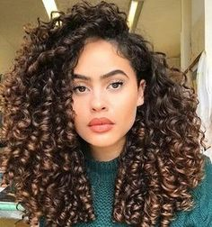 Trendy Hair Goals Natural Wavy 47 Ideen Best Picture For hair styles for party For Your Taste You are looking for something, and it is going … Curly Hair Tips, Long Curly Hair, Curly Girl, Big Hair, Curly Hair Styles, Natural Hair Styles, Really Curly Hair, Ombre Curly Hair, Natural Curly Hair
