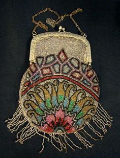 EXQUISITE VICTORIAN BEADED BAG WITH FILIGREED FRAME