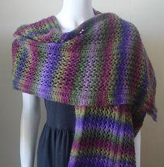 Weekender Lace Wrap Stole - Panda Wool - free lace stole knitting pattern - Crystal Palace Yarns