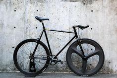 cartel bikes avenue lo pist bike