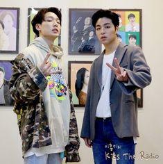 bobby and june-junhoe junbob Kim Jinhwan, Chanwoo Ikon, Yg Entertainment, Koo Jun Hoe, Jay Song, Ikon Wallpaper, Ikon Debut, Bob S, Kpop