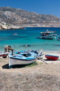 Fishing boats in Karpathos Island-Greece (by Dario Dal Ben) Cruise Italy, Enchanted Island, Sailing Holidays, Samos, Greece Islands, Greece Travel, Beach Pictures, Crete, Amazing Destinations