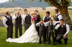 groomsmen with bride and groom photo idea