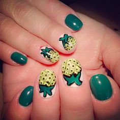 Pineapple Pointers // Spring Nail Art Ideas