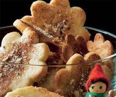 Jødekager er en hurtig og lækker dessert at lave til dig, der har lyst til noget lækkert. Med en bagetid på under 10 minutter, skal du ikke vente længe, før du har en portion lækre kager. Danish Christmas, Scandinavian Christmas, Christmas Goodies, Merry Christmas, Enjoy It, Food And Drink, Cookies, Mad, Holiday