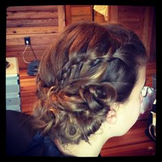 Bridesmaid hair #wedding #updo