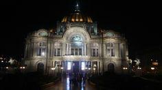 El Majestuoso Palacio de Bellas Artes en la Ciudad de México.