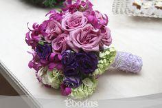 Toma como inspiración los colores de tu boda para el diseño de tu ramo. Bouquet: Flores Para Tí. #flowers #pink #purple #ebodas