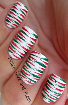 Amazing green and red Christmas Nails