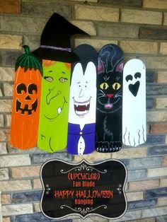 It's never too early to start making Halloween decorations, right? This fun project is made with upcycled fan blades and can be customized to your favorite ghou… Halloween Wood Crafts, Diy Halloween Decorations, Fall Crafts, Fall Halloween, Holiday Crafts, Happy Halloween, Halloween Blocks, Halloween Prop, Halloween Witches
