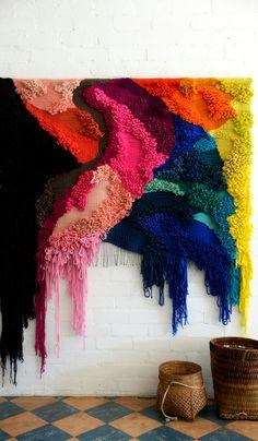 Weaving Wall Hanging, Weaving Art, Tapestry Weaving, Loom Weaving, Textile Fiber Art, Weaving Projects, Art Design, Fabric Art, Yarn Crafts