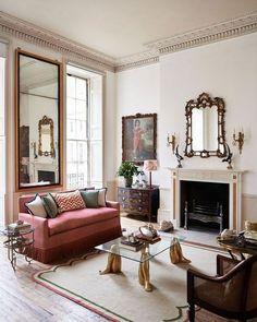 The tastemakers: Salvesen Graham Luxury Home Furniture, Luxury Home Decor, Luxury Homes, Furniture Buyers, My Living Room, Living Room Decor, Living Spaces, French Living Rooms, Apartment Design