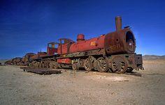 Eisenbahnfriedhof wurde in Bolivien, Uyuni aufgenommen und hat folgende Stichwörter: Südamerika,  Bolivien,  Eisenbahn.
