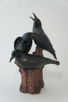 by judy winard Bird Sculpture, Animal Sculptures, Garden Sculpture, Crow Art, Raven Art, Ceramic Birds, Ceramic Art, Crows Ravens, Pet Birds
