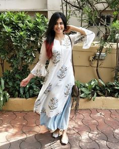 Adah Sharma spotted in our all new blue tulip set from the Neel Bagh collection ❤❤❤ Launching soon in Delhi at Yellow Blossom on May at… Pakistani Dresses, Indian Dresses, Indian Outfits, Punjabi Dress, Fashion In, Indian Fashion, Fashion Dresses, Fashion Ideas, Indian Attire