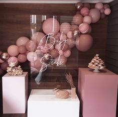 Those hues! Have you seen a more refined pink? These shades of pink are absolutely gorgeous and create such a refined colour palette which… Deco Baby Shower, Baby Girl Shower Themes, Baby Shower Gender Reveal, Shower Party, Birthday Balloon Decorations, Baby Shower Decorations, Birthday Balloons, Baby Birthday, Birthday Parties