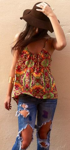 Peek-A-Boo Paisley Top- I want this top. The back is adorable.