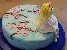 Mädelstorte und für alle die Feen und Prinzessinnen mögen Desserts, Faeries, Princesses, Pies, Backen, Deserts, Dessert, Postres, Food Deserts